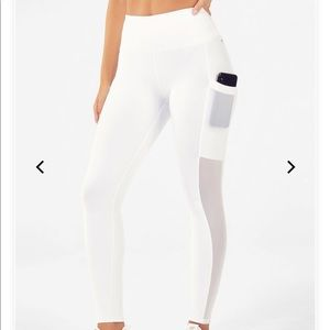 Fabletics Mila power-hold leggings with pocket NWT